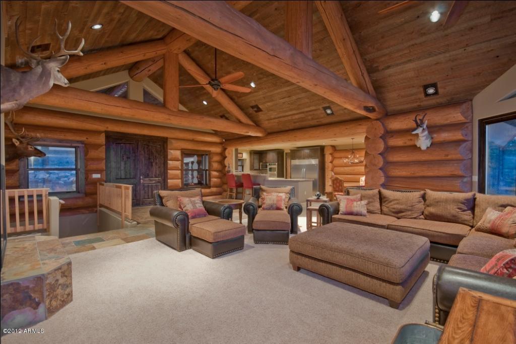 mountain log cabin great room