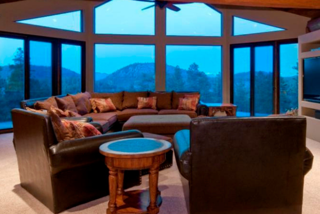 Mountain Views from fabulous Williams log home