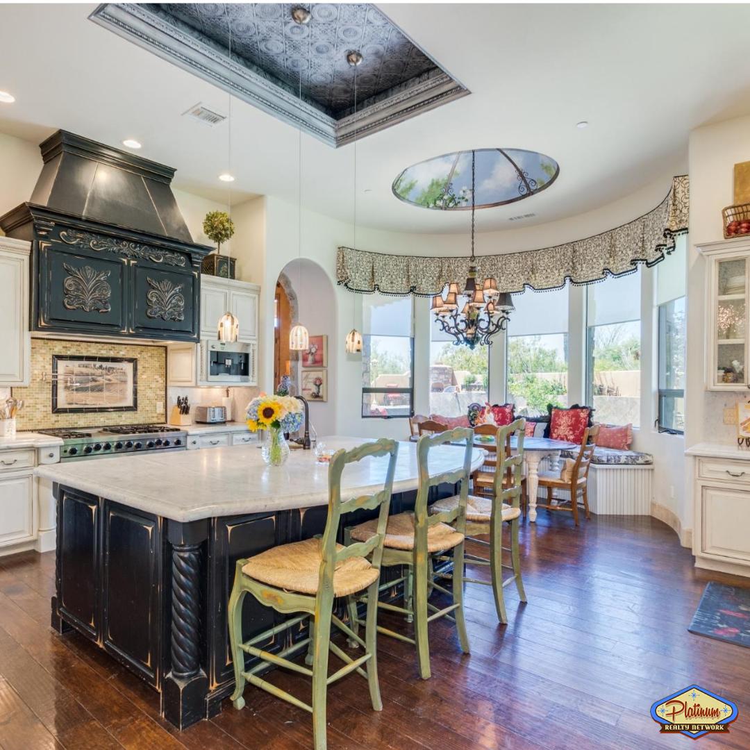 Luxury Kitchen island seating appliances